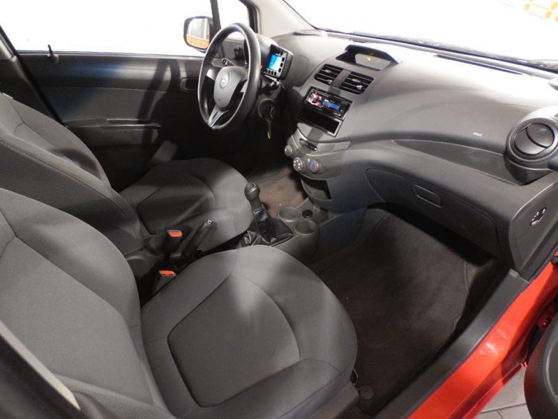 Chevrolet Spark 1.0 16V 68 CH Rouge occasion à Brest - photo n°5