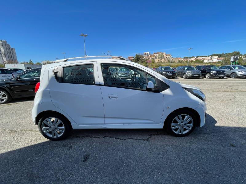 Chevrolet Spark 1.2 16v 81Ch LTZ 5p - 66 000 Kms Blanc occasion à Marseille 10 - photo n°5