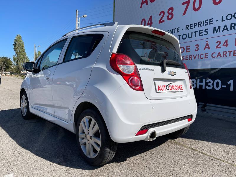 Chevrolet Spark 1.2 16v 81Ch LTZ 5p - 66 000 Kms Blanc occasion à Marseille 10 - photo n°8