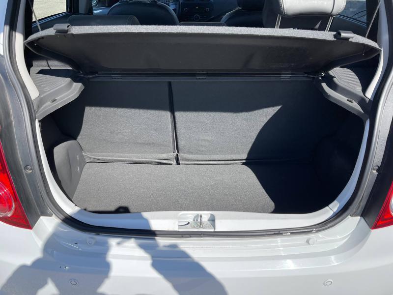 Chevrolet Spark 1.2 16v 81Ch LTZ 5p - 66 000 Kms Blanc occasion à Marseille 10 - photo n°9