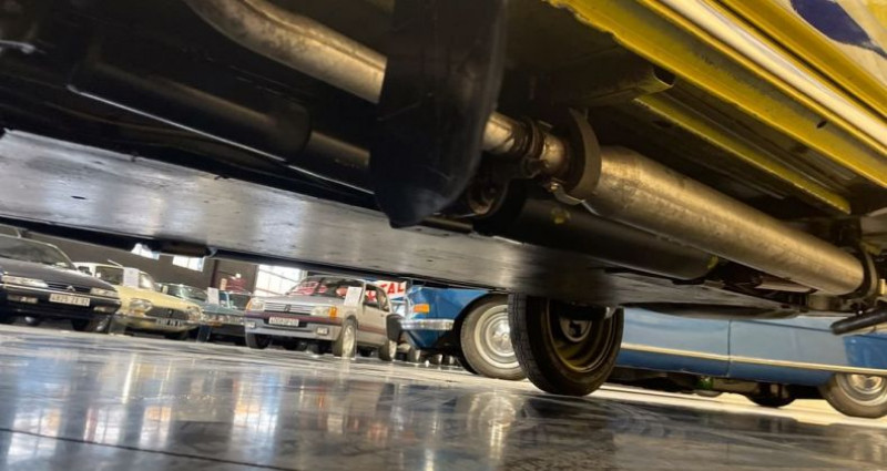 Citroen 2CV Très authentique 2cv6 charleston jaune et noire 1ère main Jaune occasion à LA BOISSE - photo n°4