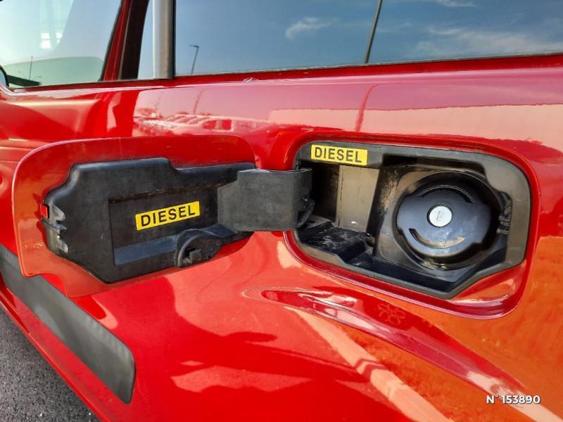 Citroen Berlingo 1.6HDi92 Confort Rouge occasion à Glos - photo n°17