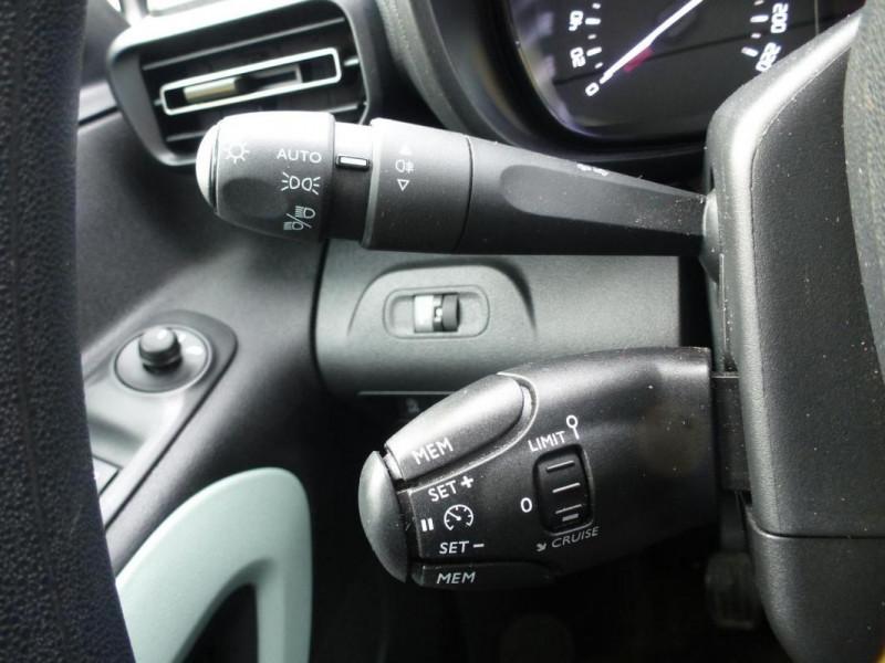 Citroen Berlingo Taille M PureTech 110 S&S BVM6 Beige occasion à ARGENTAN - photo n°11