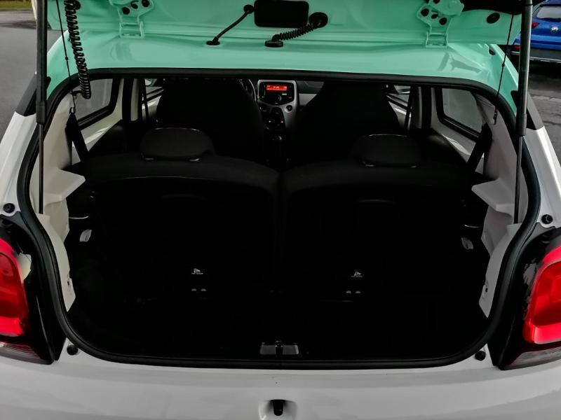 Citroen C1 PureTech 82 Feel Edition 5p Blanc occasion à Jaux - photo n°12