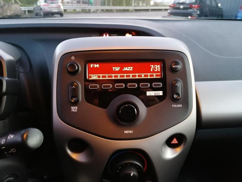 Citroen C1 PureTech 82 Feel Edition 5p Blanc occasion à Jaux - photo n°13