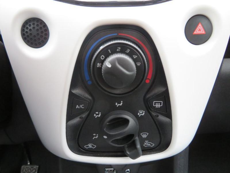 Citroen C1 VTi 72 MILLENIUM GPS Caméra Bluetooth 5P Gris occasion à Carcassonne - photo n°19