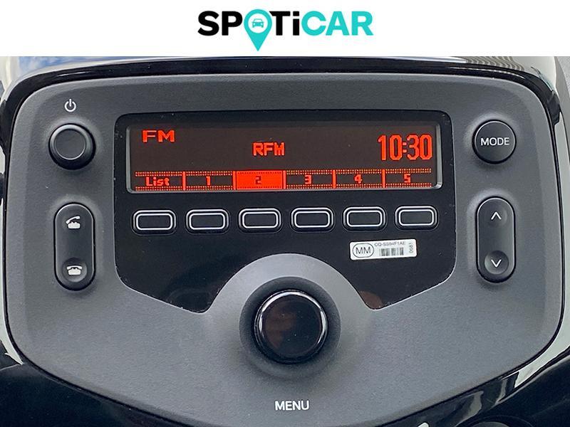 Citroen C1 VTi 72 S&S Feel 3p E6.d-TEMP Blanc occasion à Lescar - photo n°12