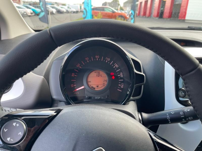 Citroen C1 VTi 72 S&S Millenium 5p E6.d Gris occasion à MORLAIX - photo n°11