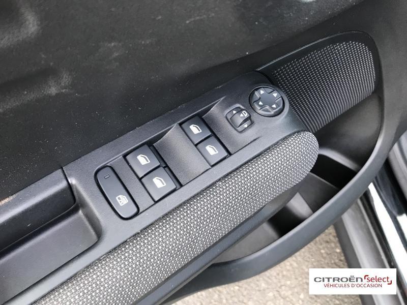 Citroen C3 Aircross PureTech 110ch S&S Shine E6.d 6cv Noir occasion à Figeac - photo n°12