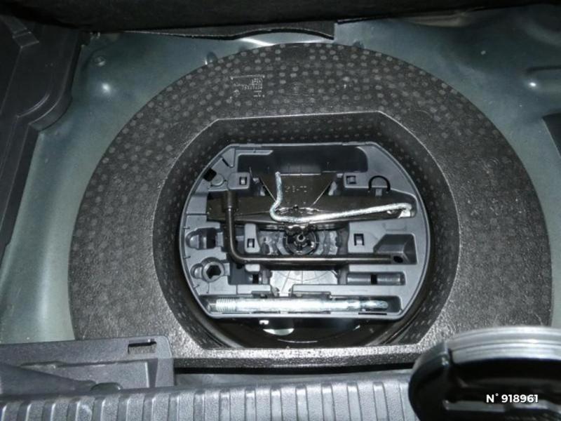 Citroen C3 Aircross PureTech 110ch S&S Shine EAT6 E6.d-TEMP Noir occasion à Cesson - photo n°13