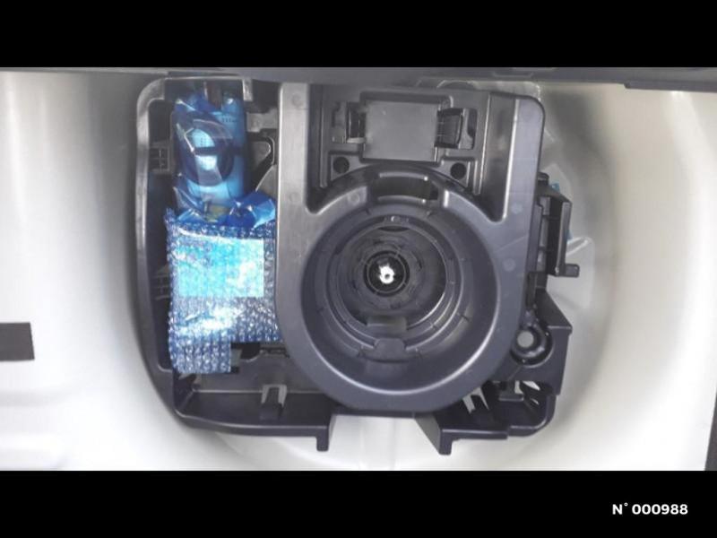 Citroen C3 1.2 PureTech 83ch S&S Feel Pack Blanc occasion à Écuelles - photo n°10