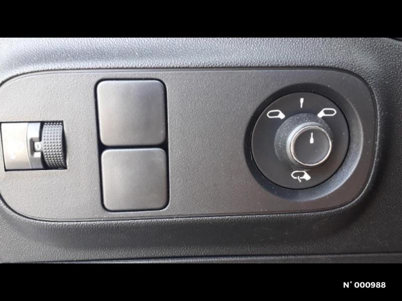 Citroen C3 1.2 PureTech 83ch S&S Feel Pack Blanc occasion à Écuelles - photo n°16