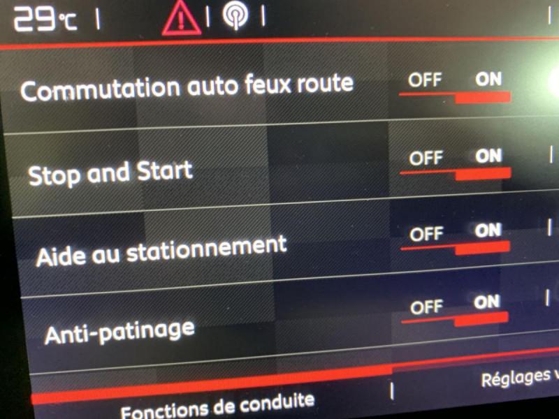 Citroen C3 110CV  EAT6  SHINE GPS Gris occasion à Verfeil - photo n°5