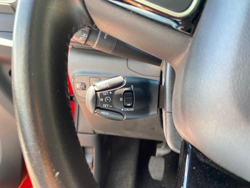 Citroen C3 BlueHDi 100 SHINE GPS Toit Panoramique Caméra Rouge occasion à Lescure-d'Albigeois - photo n°16