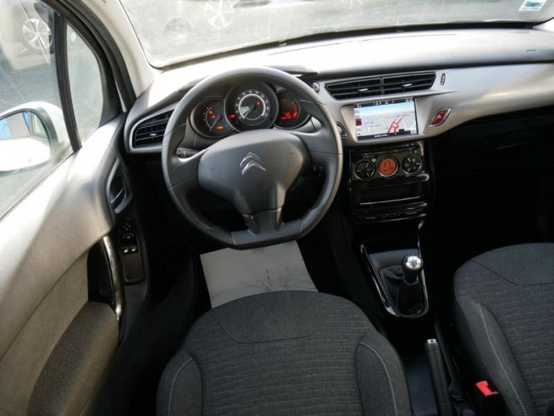 Citroen C3 II BlueHDi 100 CONFORT GPS Bluetooth 2 PL 6450 HT Blanc occasion à Lescure-d'Albigeois - photo n°8