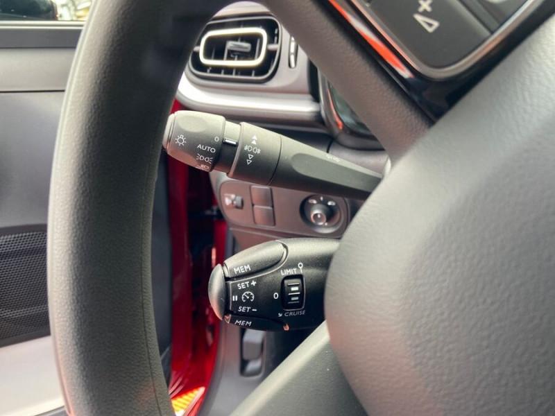 Citroen C3 PureTech 110 EAT6 SHINE Mirror Link Caméra Angles Morts Rouge occasion à Montauban - photo n°18