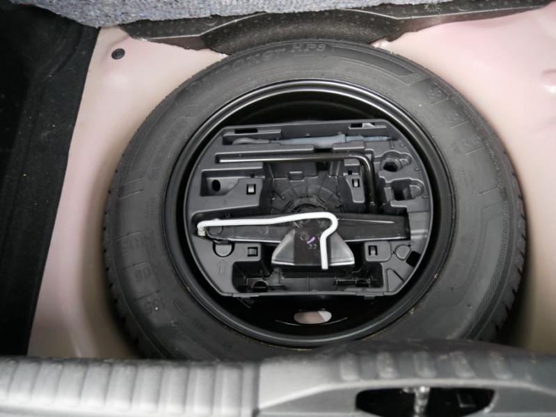 Citroen C3 PureTech 82 FEEL GPS Radar Toit Noir Rouge occasion à Toulouse - photo n°7