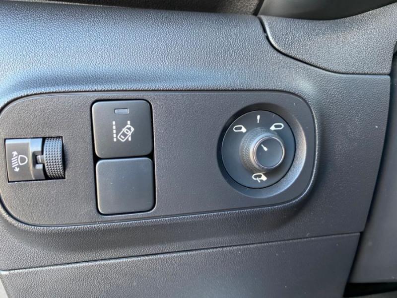 Citroen C3 PureTech 83 FEEL GPS Airbumps Toit Noir Gris occasion à Cahors - photo n°16