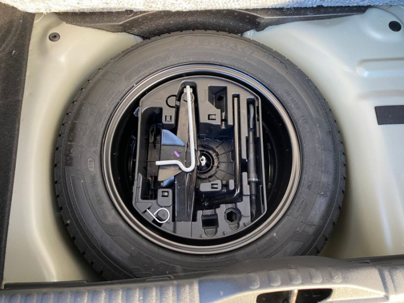 Citroen C3 PureTech 83 FEEL GPS Airbumps Toit Noir Gris occasion à Cahors - photo n°12