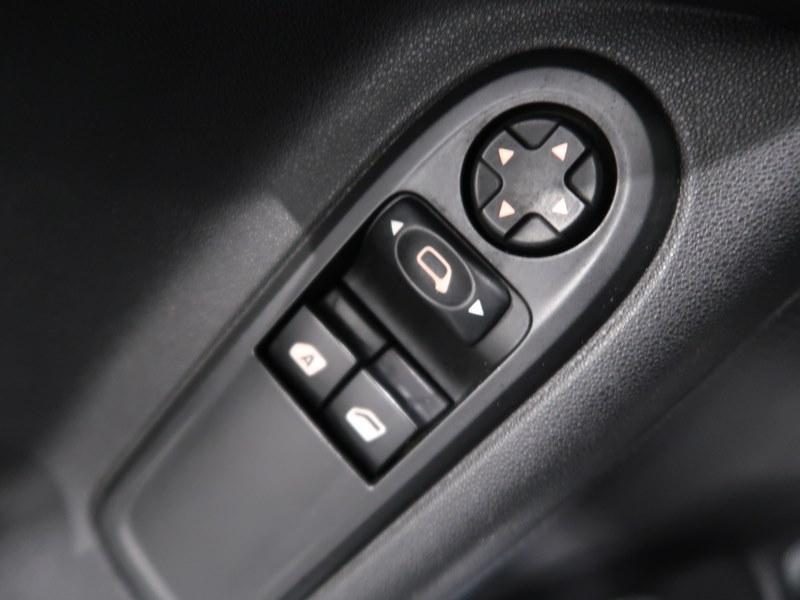 Citroen C3 VTi 82 PureTech Confort Gris occasion à VANNES - photo n°14