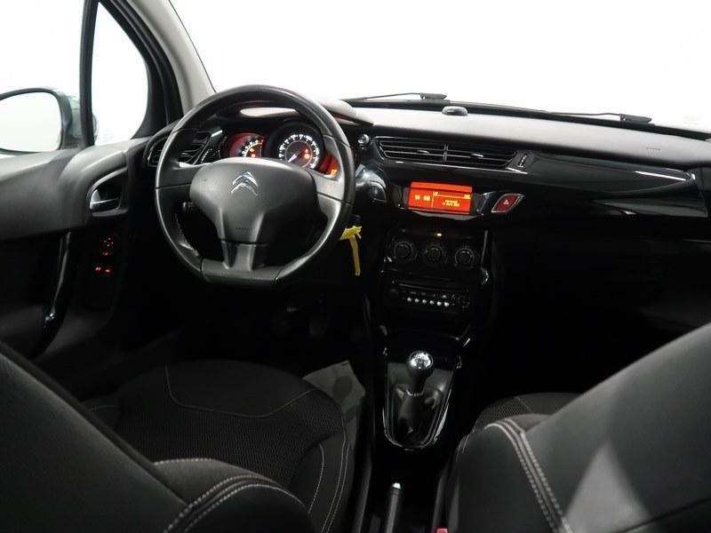 Citroen C3 VTi 82 PureTech Confort Gris occasion à VANNES - photo n°13