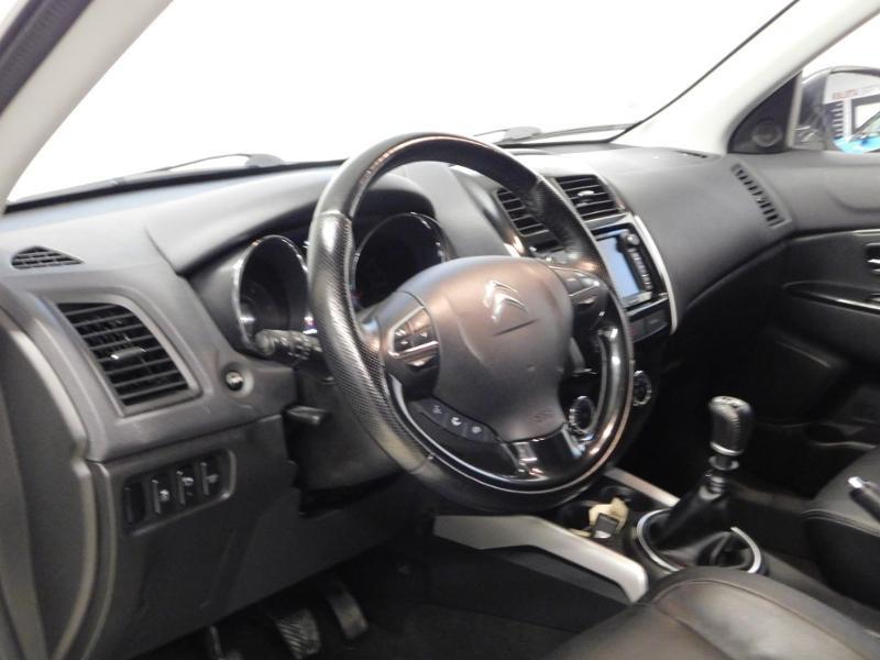 Citroen C4 Aircross 1.6 e-HDi115 4x2 Exclusive Blanc occasion à Castres - photo n°9