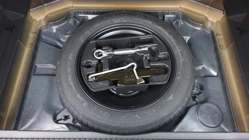 Citroen C4 1.5 bluehdi 130cv bvm6 live + siÈge conducteur massant Noir occasion à Ganges - photo n°6