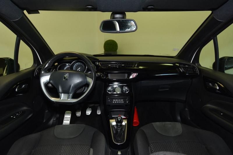 Citroen DS3 1.2 VTI PURETECH SO CHIC Blanc occasion à Quimper - photo n°5