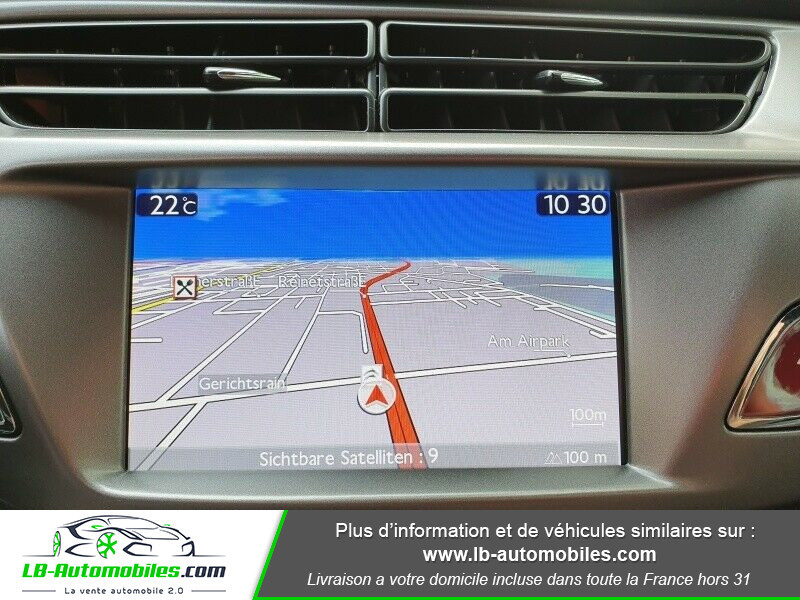 Citroen DS3 BlueHDi 100 / SoChic Blanc occasion à Beaupuy - photo n°4