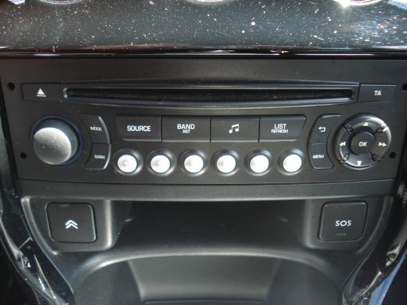 Citroen DS3 THP 165ch Sport Chic S&S Blanc occasion à Aurillac - photo n°10