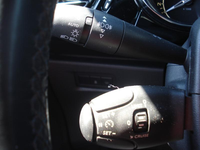 Citroen DS3 THP 165ch Sport Chic S&S Blanc occasion à Aurillac - photo n°8