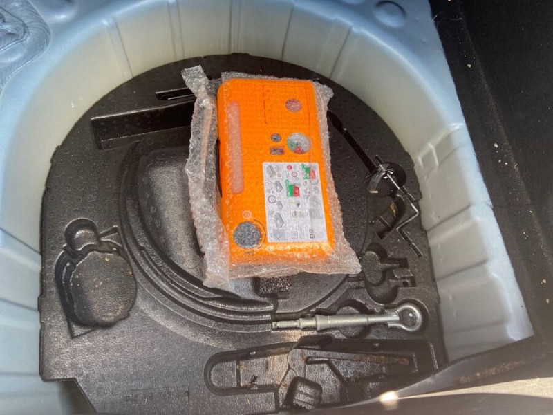 Citroen DS4 1.6 HDI 112 SO CHIC GPS Gris occasion à Lescure-d'Albigeois - photo n°8