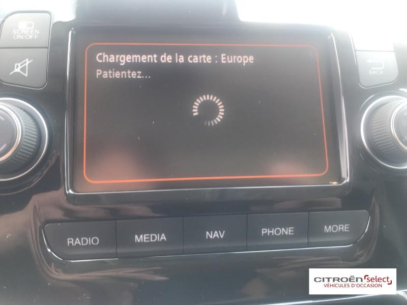 Citroen Jumper 30 L2H2 2.2 BlueHDi 140 S&S Driver Blanc occasion à ONET LE CHATEAU - photo n°16