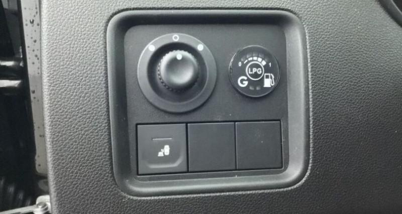 Dacia Duster 1.0 ECO-G 100 GPL PRESTIGE 4X2  occasion à CHANAS - photo n°5