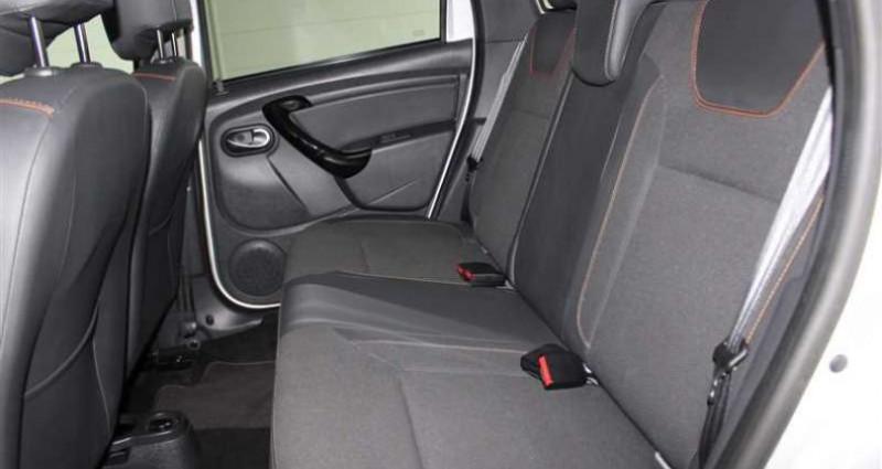 Dacia Duster 1.2 Tce 125 4x2 Explorer Noir occasion à SAINT FULGENT - photo n°5