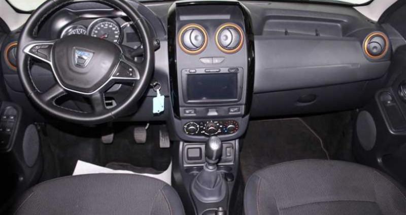 Dacia Duster 1.2 Tce 125 4x2 Explorer Noir occasion à SAINT FULGENT - photo n°4