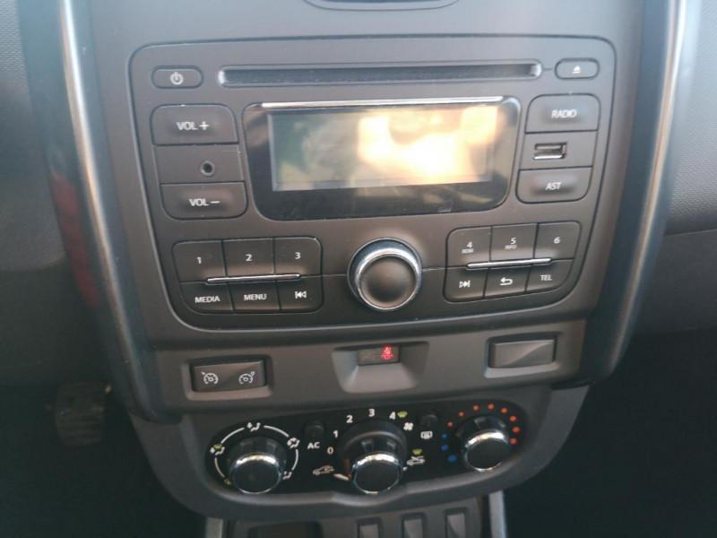 Dacia Duster 1.5 dci 110 4x2 lauréate Gris occasion à Saint-Malo - photo n°7