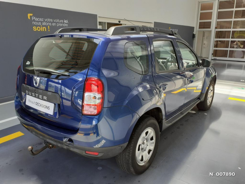 Dacia Duster 1.5 dCi 110ch Lauréate 4X2 Euro6 Bleu occasion à Saint-Just - photo n°6