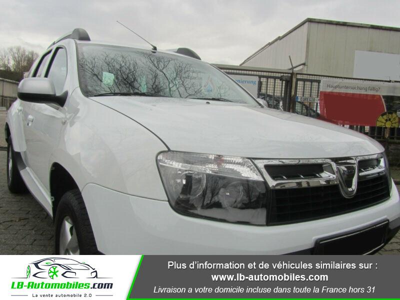 Dacia Duster 1.6 16v 105 4x4 / Prestige Blanc occasion à Beaupuy - photo n°12