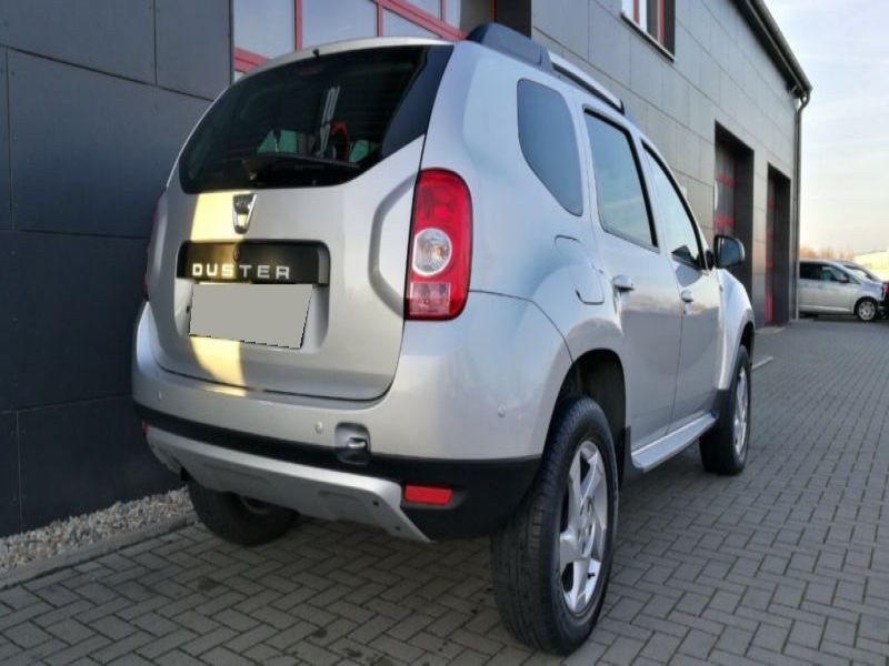 Dacia Duster 1.6 16V 105 Argent occasion à Beaupuy - photo n°3