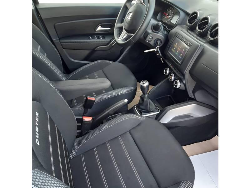 Dacia Duster Blue dCi 115 4x2 Prestige Noir occasion à L'Isle-Jourdain - photo n°4