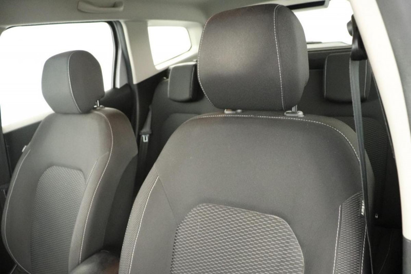 Dacia Duster dCi 110 4x2 Confort Gris occasion à Aubagne - photo n°5