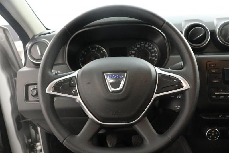 Dacia Duster dCi 110 4x2 Confort Gris occasion à Aubagne - photo n°10