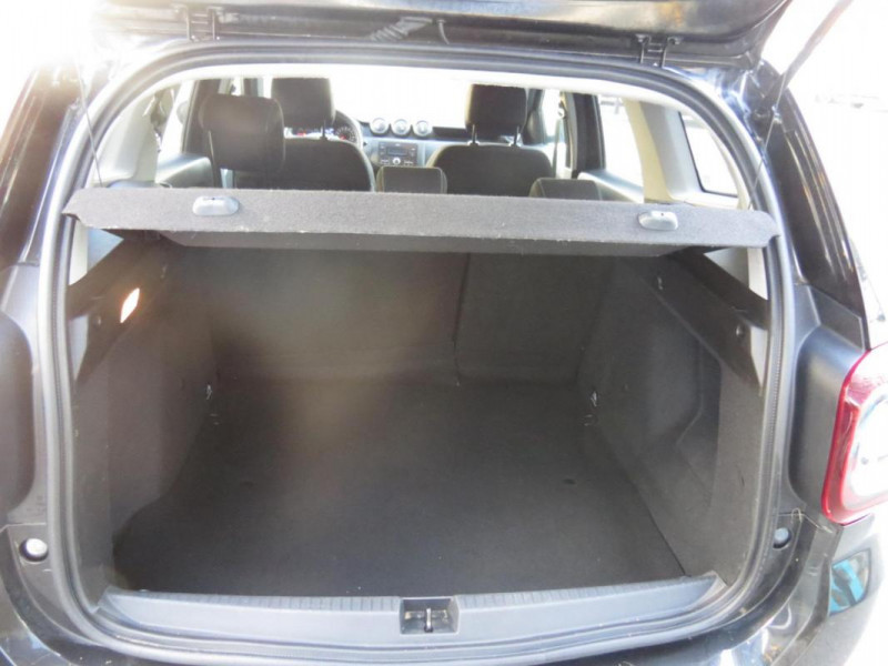 Dacia Duster dCi 110 4x2 Confort Noir occasion à CHATEAULIN - photo n°10