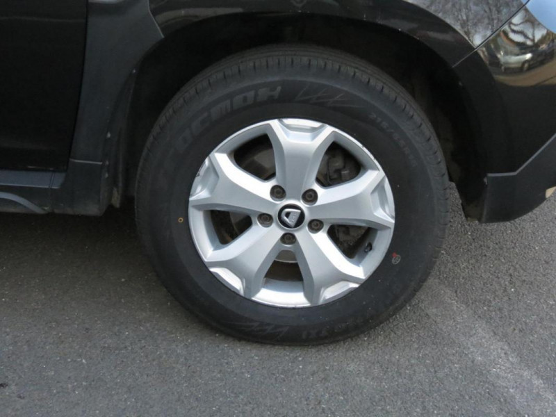 Dacia Duster dCi 110 4x2 Confort Noir occasion à CHATEAULIN - photo n°5