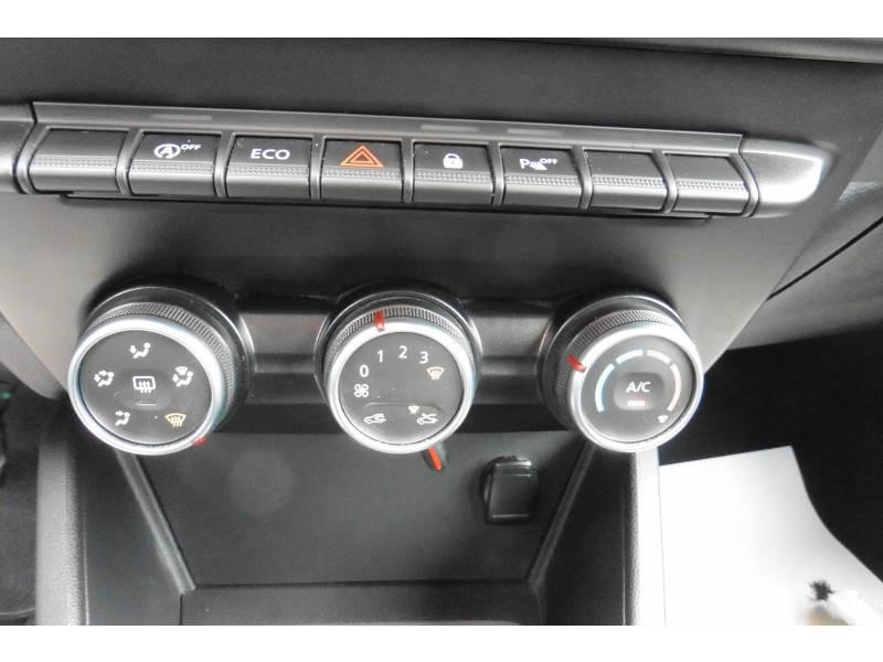 Dacia Duster TCe 130 FAP 4x2 Confort Blanc occasion à L'Isle-Jourdain - photo n°13