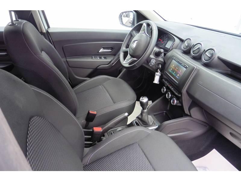 Dacia Duster TCe 130 FAP 4x2 Confort Blanc occasion à L'Isle-Jourdain - photo n°6