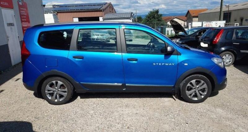 Dacia Lodgy 1.2 TCe 115 Euro6 Stepway 7 places Bleu occasion à RIGNIEUX LE FRANC - photo n°6