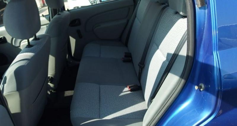Dacia Logan 1.6 MPI 90CH LAUREATE Bleu occasion à FONTAINE LES GRES - photo n°4