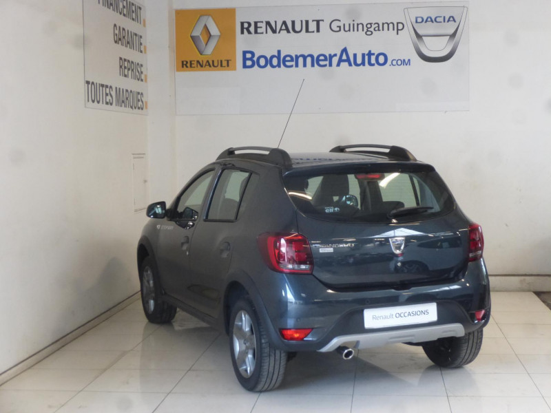 Dacia Sandero 0.9 TCe 90ch Stepway Gris occasion à PLOUMAGOAR - photo n°2